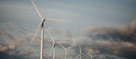 Contratación suministro eléctrico 100% renovable, experiencias en el sector público en España