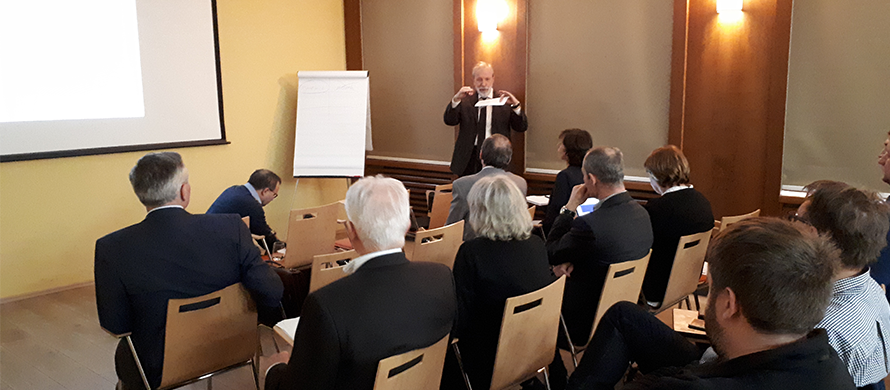 Seminar on quality criteria and certification systems for energy services held in Prague
